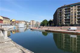 The Naviglio Pavese cycle route: old harbor of Milan